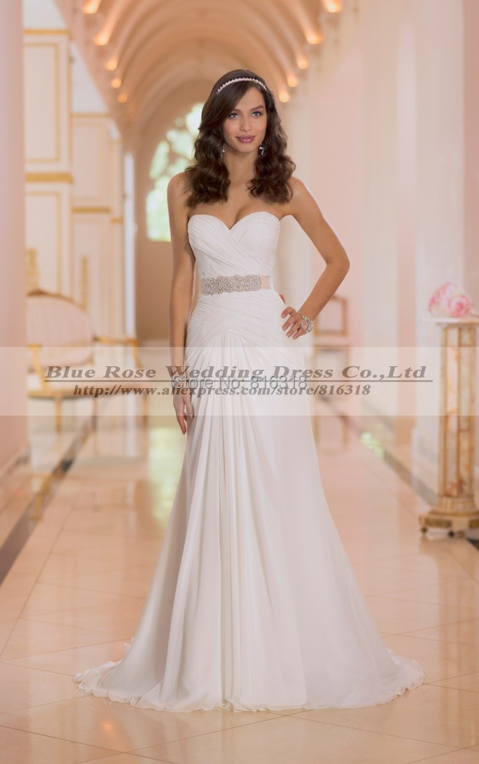 Where can i buy a cheap wedding dress