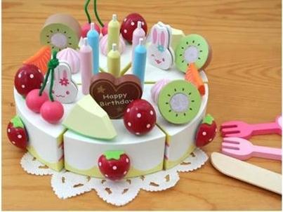 Toy Cake 08 01
