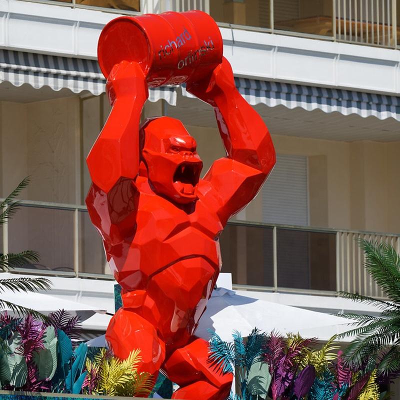 2019 hot sale fiberglass big size gorilla statue