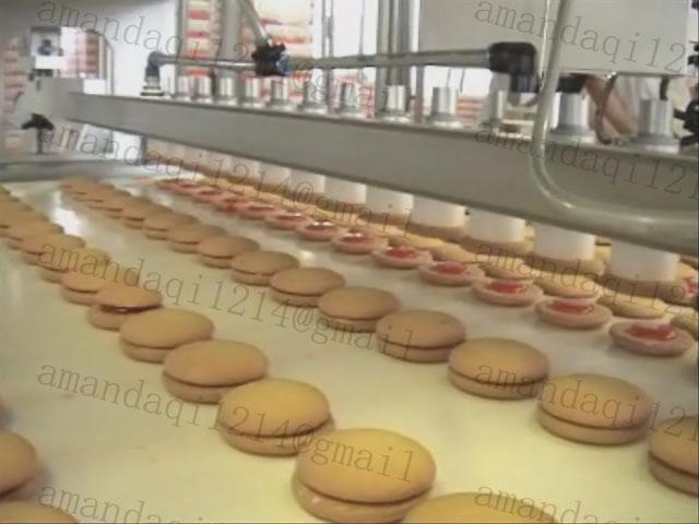 Cake Pan Spraying Machine