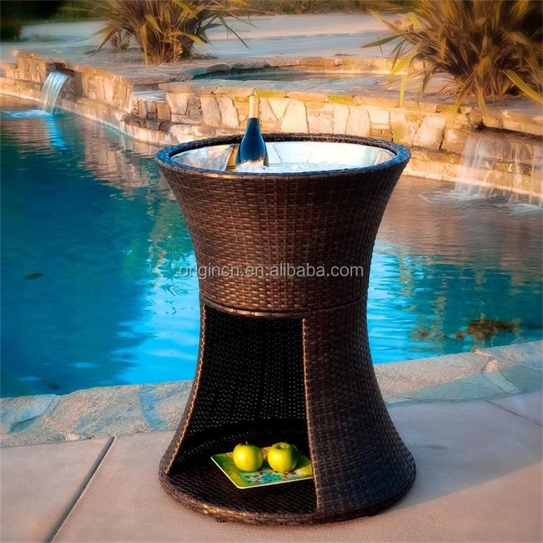 Round storage wicker ice box hotel furniture outdoor party pool beer cooler table