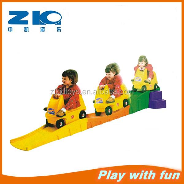 Детский сад и дом использования скользящий пластиковый игровой автомобиль для детей