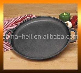 Чугунная сковорода для пиццы с предварительно обработанным покрытием, 35 см