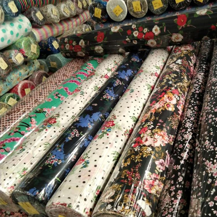 New arrived good quality 110gsm 45s printed 100% rayon fabric stocklot width 145cm