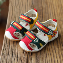 Boys Sandals With Light 2016 Summer Brand Captain Soft Led Boys Girls Shoes Kids Fashion Beach