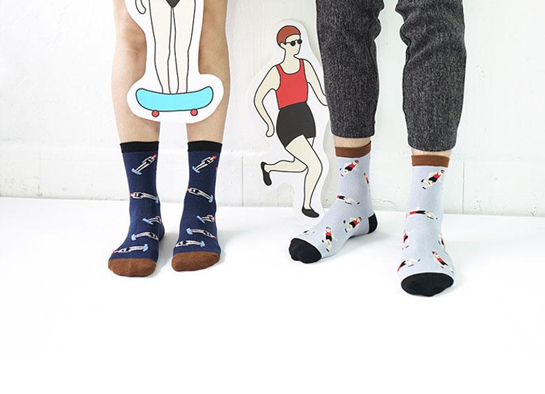 Underwear & Sleepwears Symbol Of The Brand Novelty Neutral Illustration Socks Creative Women Men Panda Match Snow Mountain Spacemen Cartoon Sock Funny Couple Cotton Socks