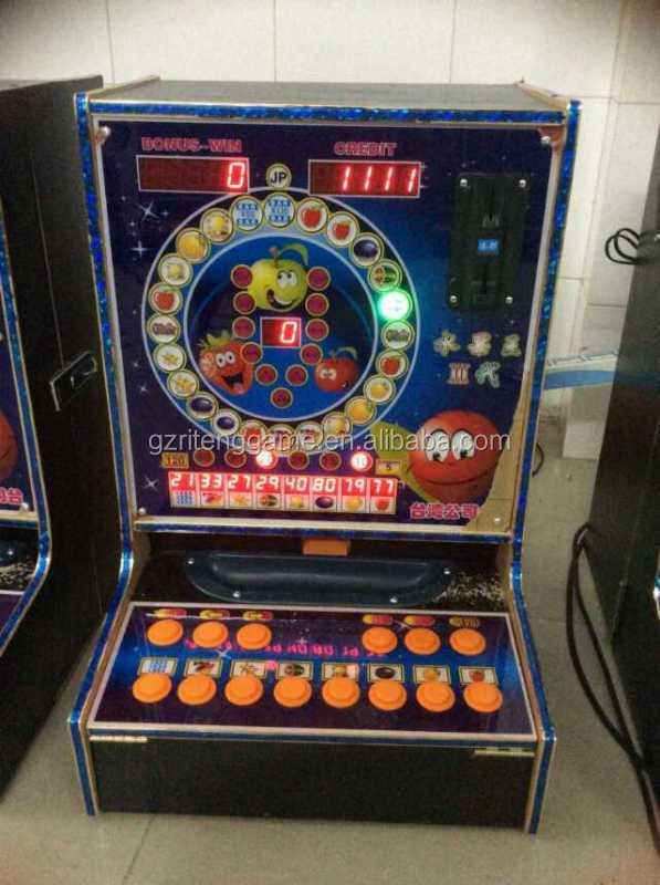 Coin pusher slot machine - Book token bookshop review
