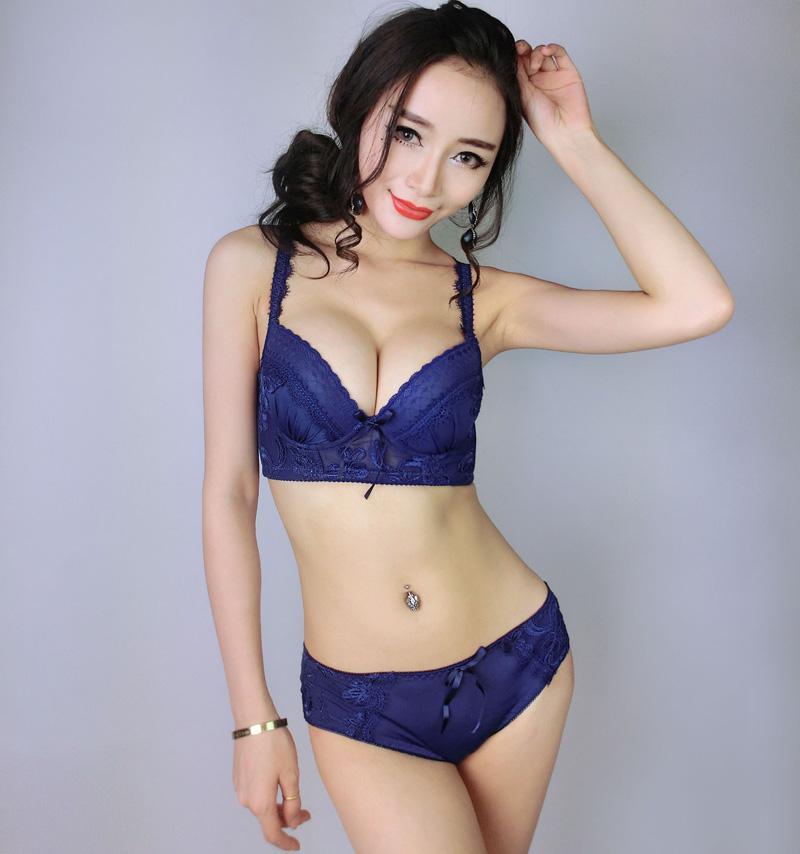 Hot Japanese Women 78