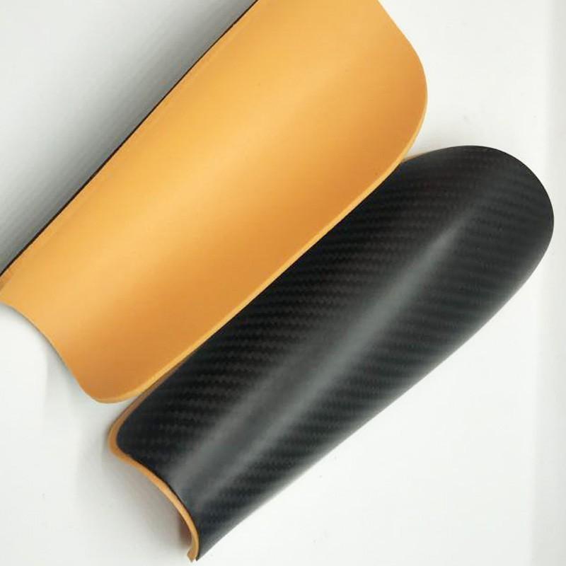 Высокая прочность, самая легкая защита для футбола 3k карбоновая защита для голени колена с коробкой 3k