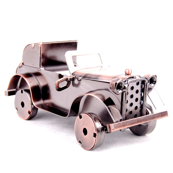 2016 Small Desk  2 Color Old Car Metal Chilren Toy Cars Modle Vintage Home Decor Sword Desktop Decoration Office Room 14*7*7cm