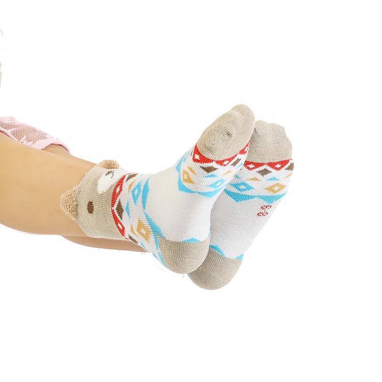 Оптовая продажа, новинка 2019, лидер продаж, детские носки-трубы с 3d рисунком из мультфильма, в коробке