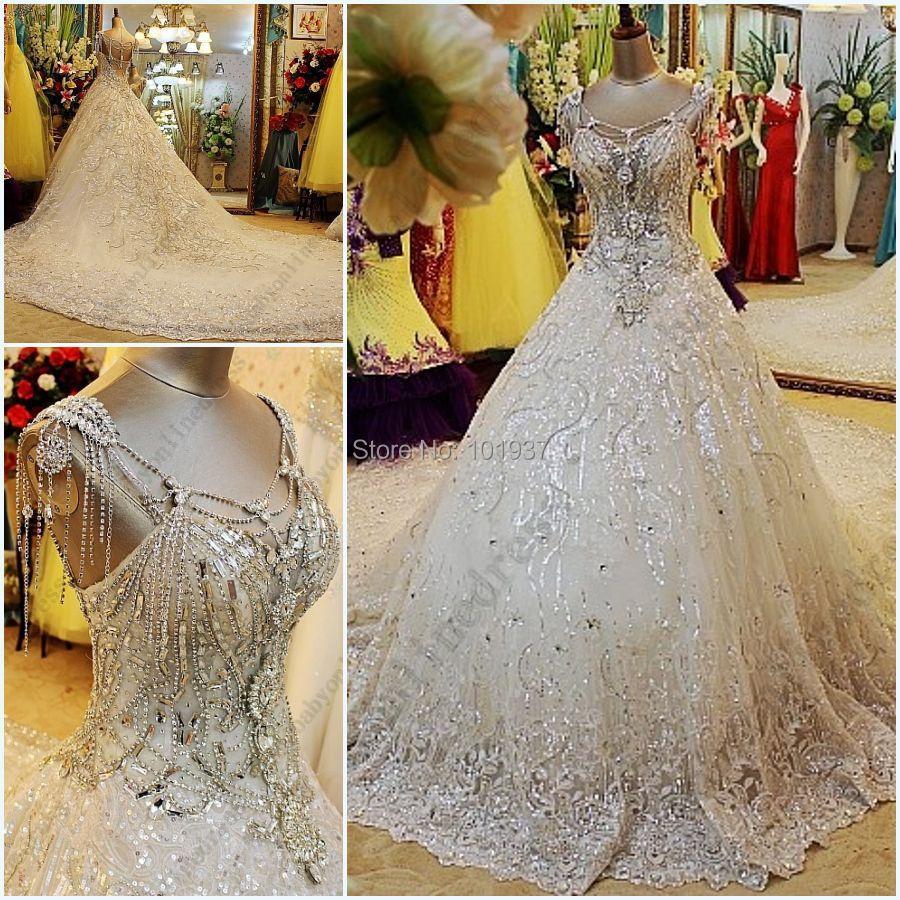 da9ca5030f87 Luxury crystal wedding dress