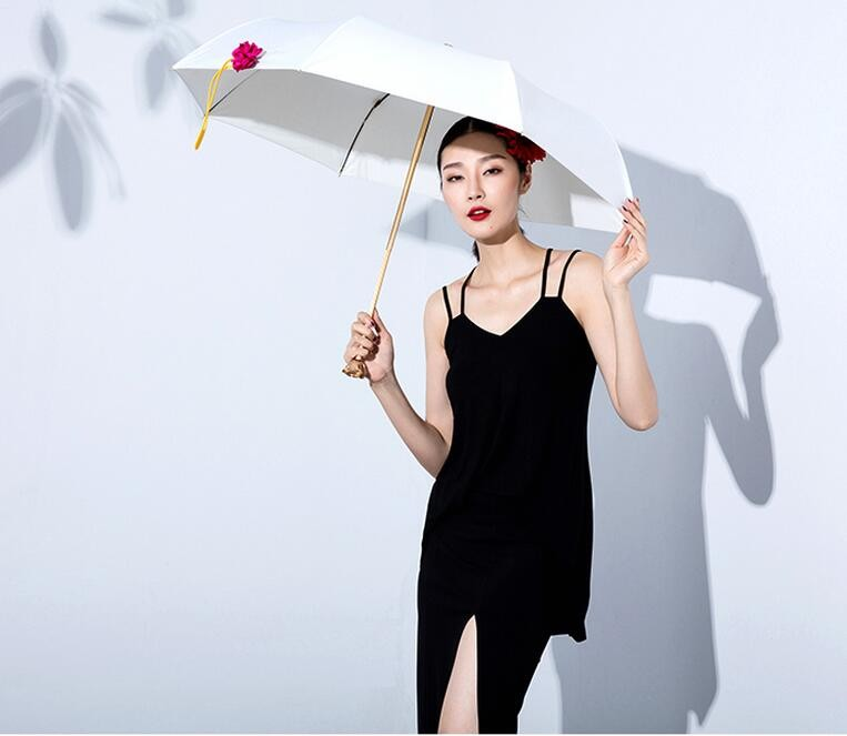 Fashion Creative 3D Rose Umbrella Vaulted Brand Vinyl UV Sunny Rainy  Umbrellas, Lady Parasol Cream White with Mental Rose handle - us174 94bdb98b5b6