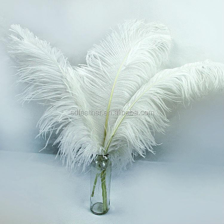 60 65 cm grande plume d corative noeuds blanc plume d 39 autruche vendre pas cher plume id de. Black Bedroom Furniture Sets. Home Design Ideas