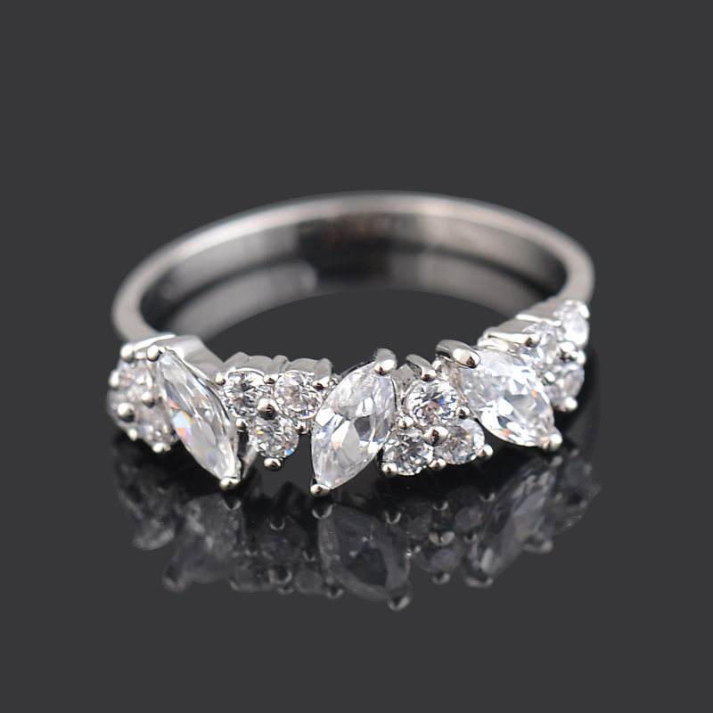Fine platinum plated finger ring paved beautiful shiny ...