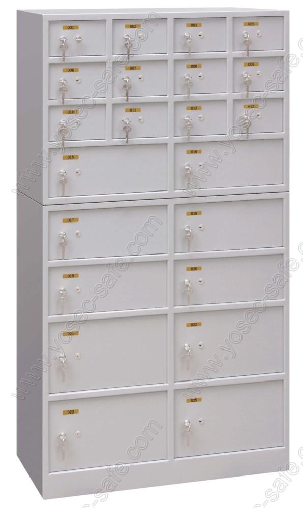 safe deposit locker and vault for bank