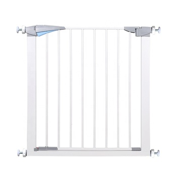 Hot selling Eco-friendly protect baby safety gate retractable baby safety gate for baby child