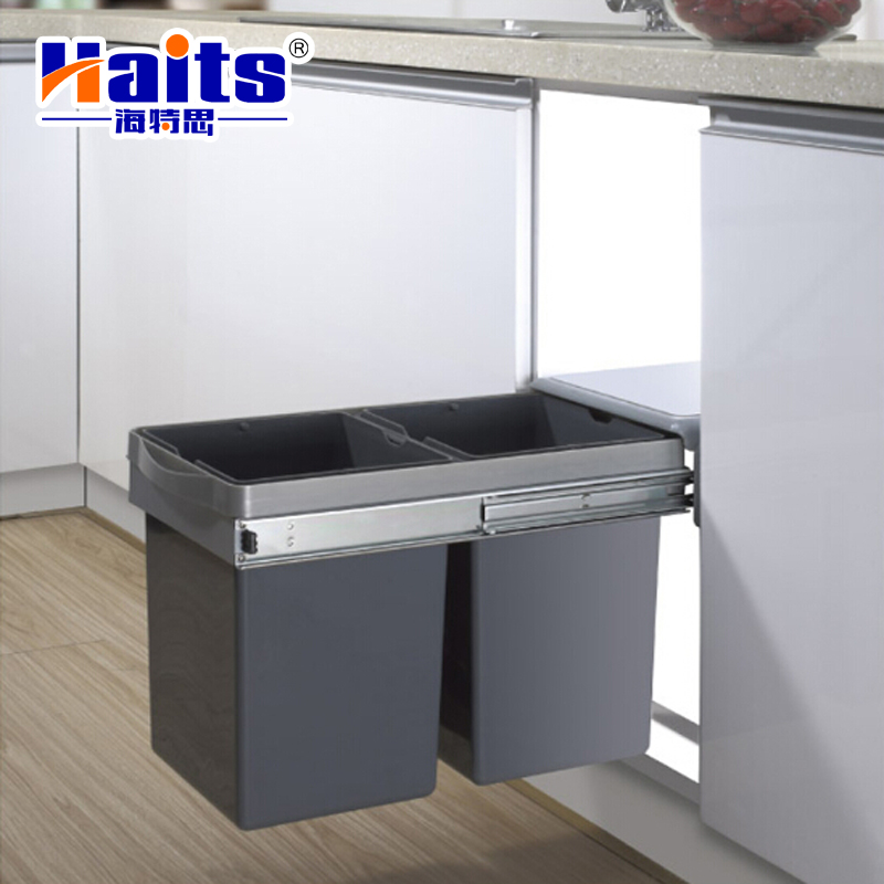Kitchen cabinet built-in pull out waste bin