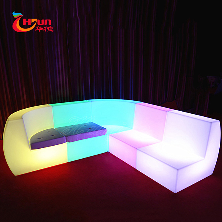 Outdoor modern illuminated furniture Waterproof 16 colors rechargeable RGB lighting lounge led light sofa for night club