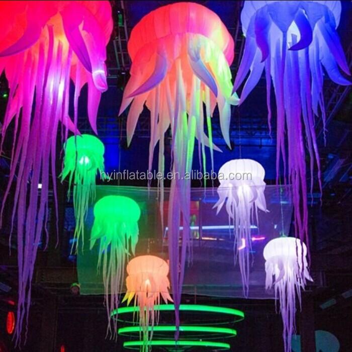 Лампы для ночного клуба русское стрептиз малолеток в ночном клубе