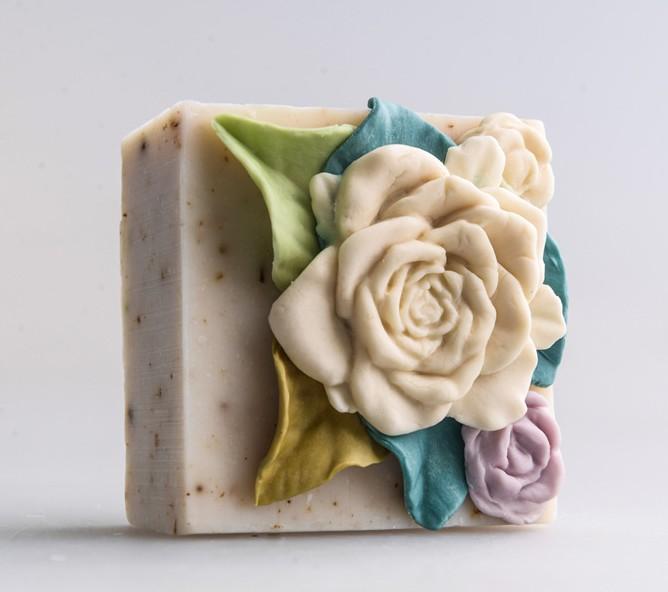 Оптом под заказ 2021 новый дизайн различные формы натуральное мыло ручной работы