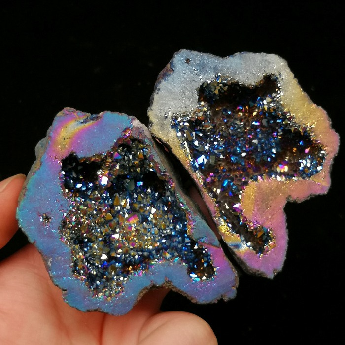 Wholesale Electroplate Geode Crystal Colourful Couple Geode Crystal Geode For Sale