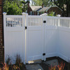 Closed-Top Privacy Fence
