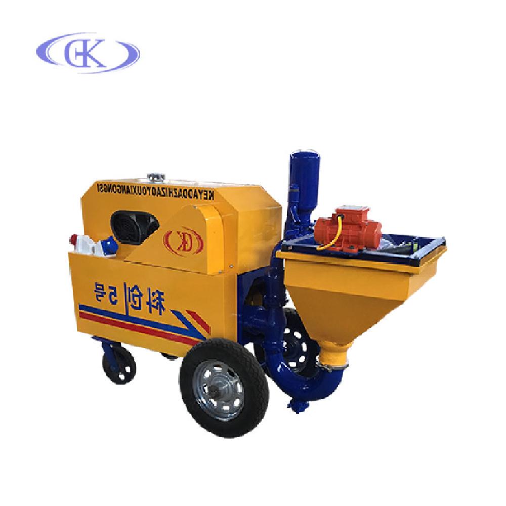 Небольшая строительная машина для распыления цементного раствора