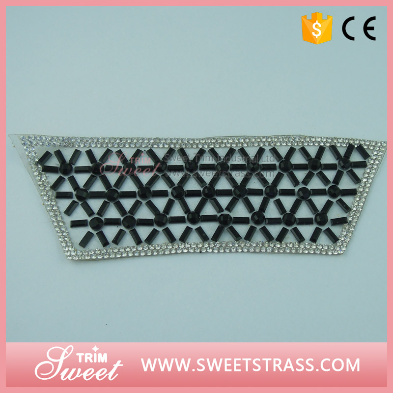Factory custom made various designs rhinestone crystal decorations for shoes