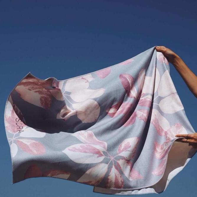 Высококачественное полотенце для йоги из переработанной микрофибры