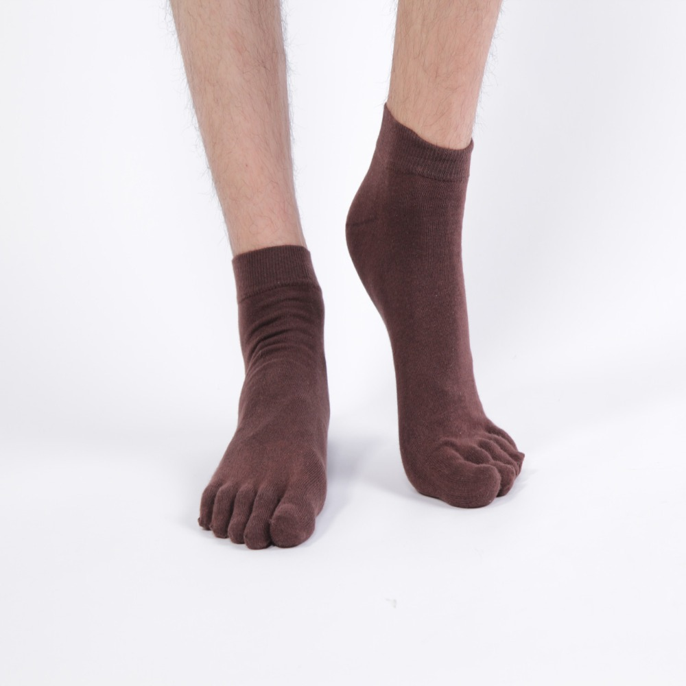 Quality Cotton Socks for Men Explore our range of classic men's cotton socks online at Corgi. Made from soft yet durable cotton blends and available in a variety of designs from striped to patterned.