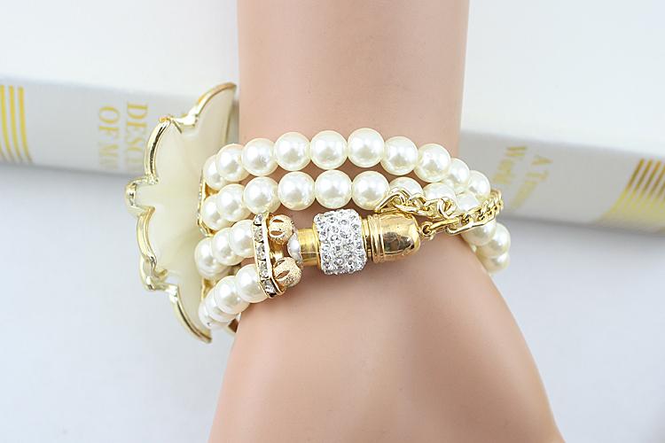 Горячая распродажа леди роскошный белый цветок браслет часов женщины мода перл кварцевые наручные часы Relogio Feminino Montre роковой WQ037