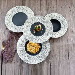 Feature stocked high quality European home round flat disk grain style porcelain food table plates