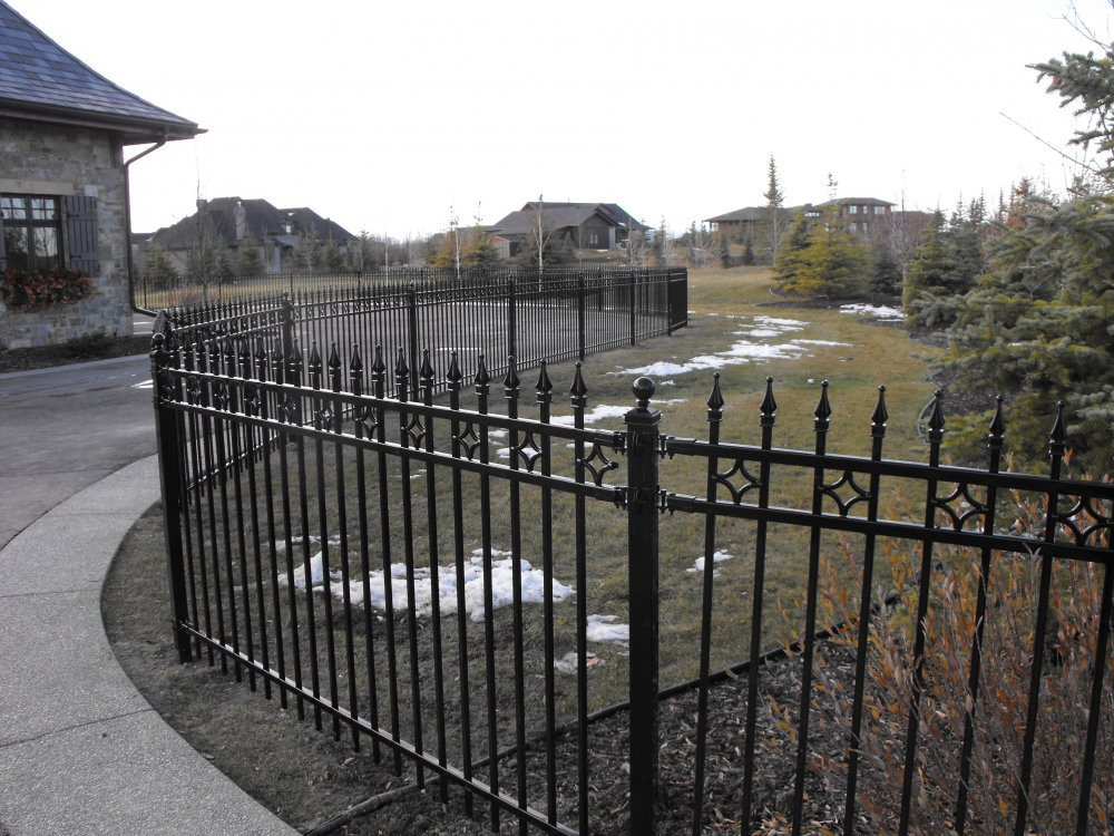 Hot Sale Powder Coated Tubular Steel Fence