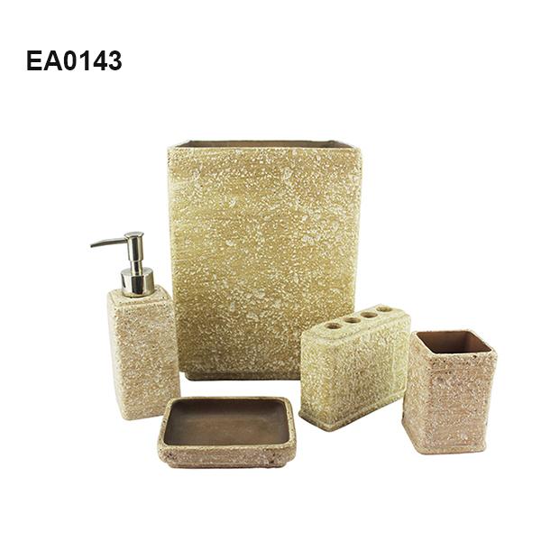 EA0143.jpg