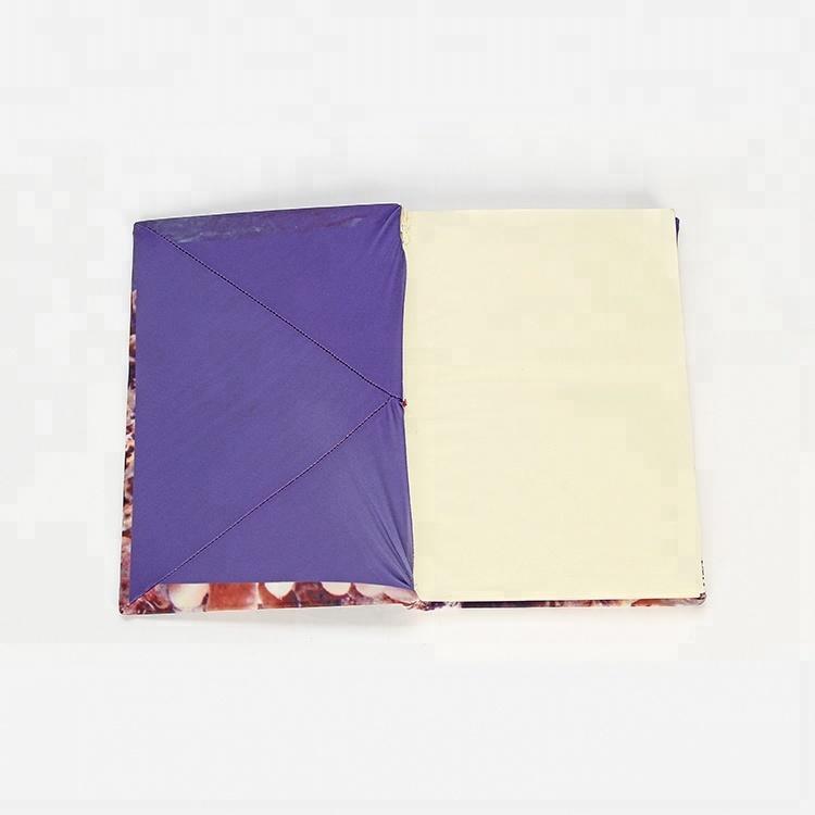 Чехол-книжка из 85% полиэстера, 15% спандекса с цветной тканью