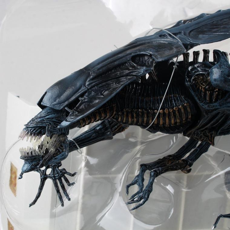 Anime Robot Toy Alien Vs Predator Aliens Bluequeen Mother
