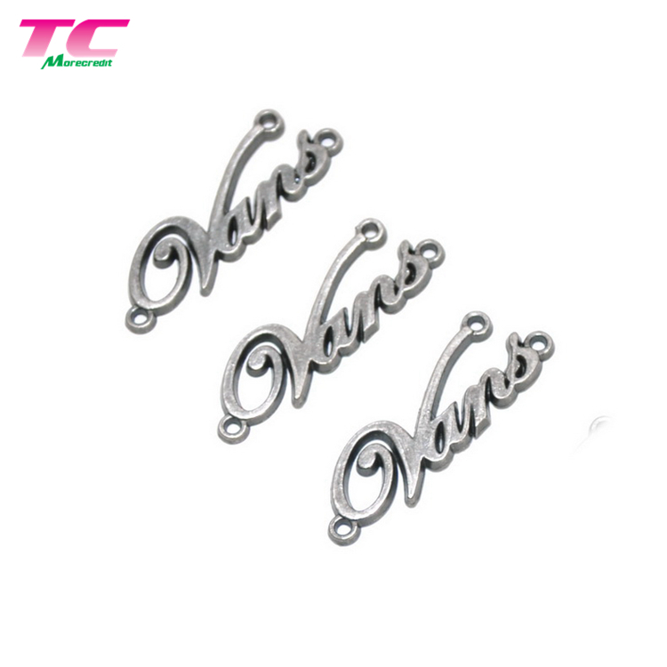 Flexible MOQ Nickel Free Metal Sewing Brand Label Fashion Custom Metal Label For Scarf
