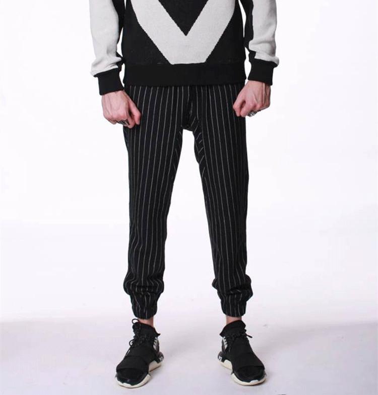 Pantalones De Jogging Para Hombre Personalizados Rayas Verticales Blancas Y Negras 100 Algodon A La Moda Oem Buy Pantalones De Jogger Personalizados Para Hombres Pantalones De Jogger Para Hombres Oem Pantalones De Rayas