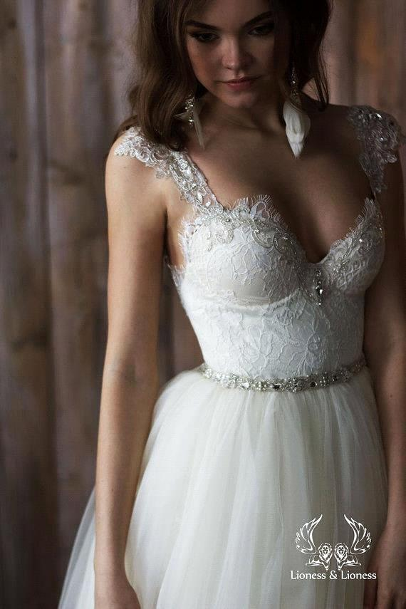 Where To Detachable Cap Sleeves For Wedding Dress