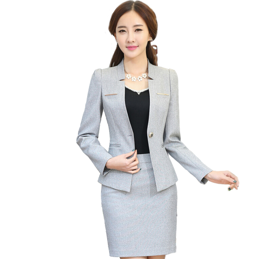 Collections For Le Suit Ladies Tan Blazer. The Cute Blazer Is A Size 16, Made From % Polyester (Dry Clean Only). Has A Three Button Closure On Front And Two Front Pockets.