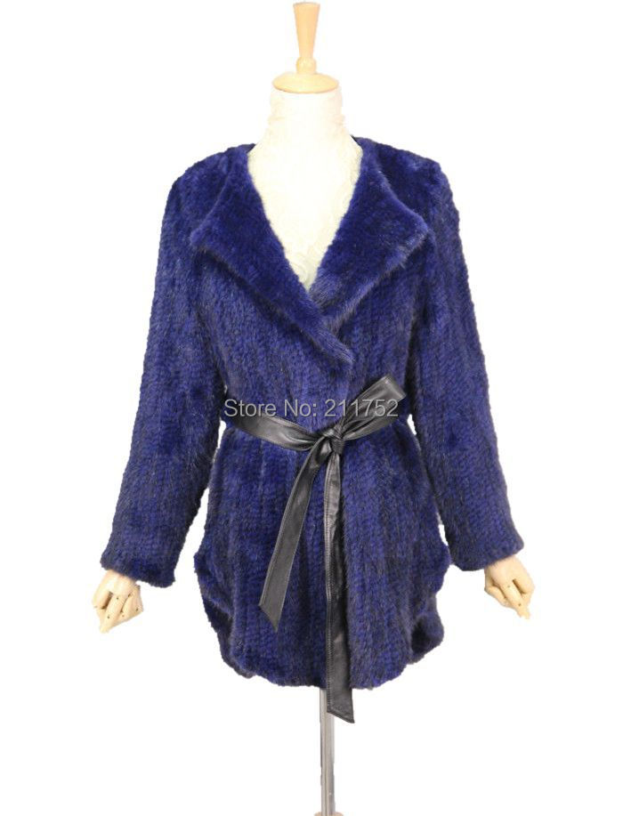blow out sale price! ladies real vtg retro dark mahogany black mink fur coat sm. but very nice quality mink tennesseemyblogw0.cf and supple with very little or light wear at collar along tennesseemyblogw0.cf