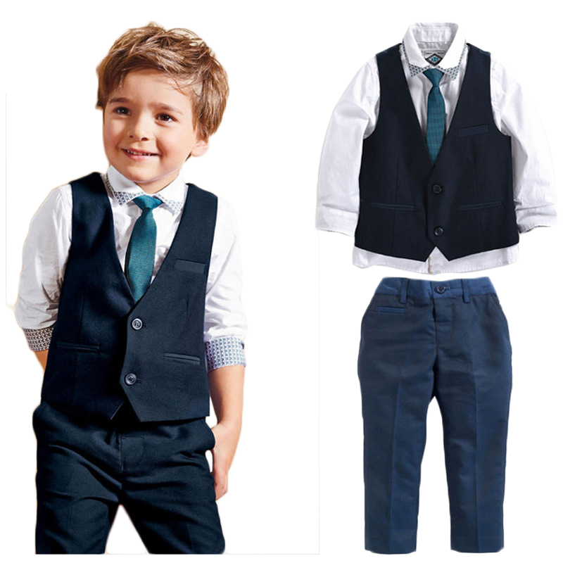 Find stylish toddler boy clothes & outfits at OshKosh. Get free shipping on clothing for little boys from the trusted name in kids' clothes.