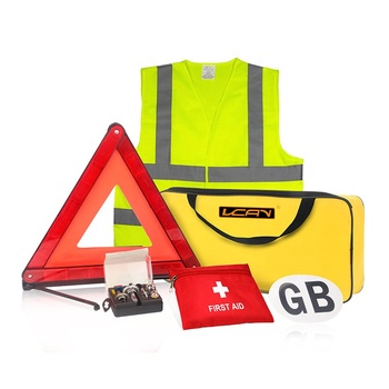 Auto Use Safety Vest Warning Triangle Car Tools Kit Traveling Universal Roadside Emergency Survival Kit