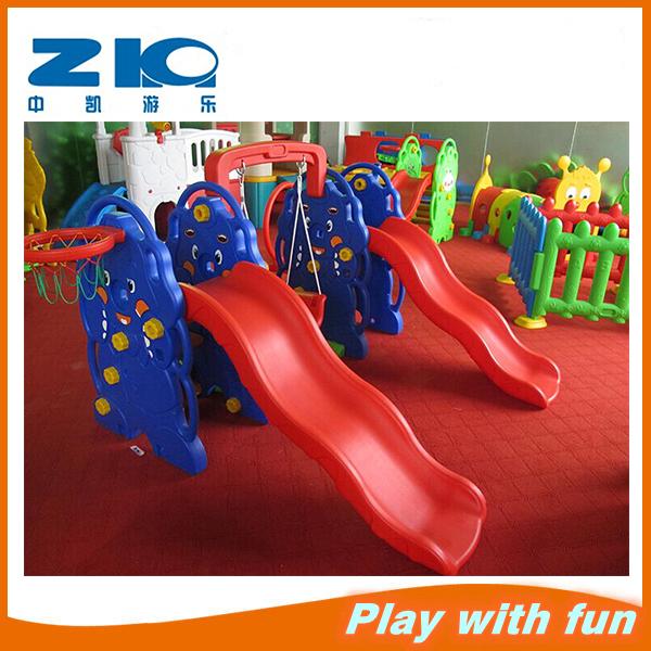 Крытый пластиковые дети сад горки и качели, крытая спортивная площадка парк