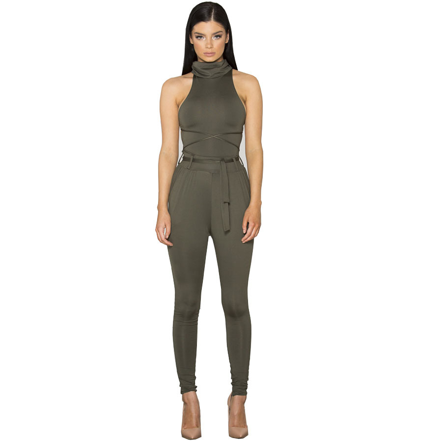 Women like jumpsuits and rompers, which are chic and effortless to wear. Milanoo offer you a rich selection of stunning jumpsuits and sexy unitard in good quality.