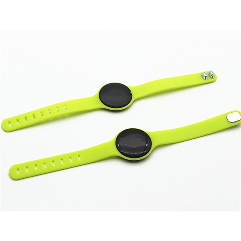 Wrist Band Long Range Ibeacon Ble 4 0 Nrf51822 Eddystone Beacon Buy Ibeacon Wrist Band Eddystone Beacon Ble 4 0 Farol Product On Alibaba Com