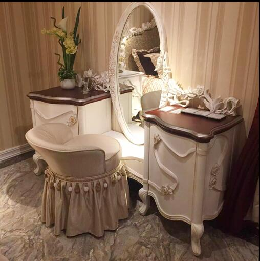 Graceful Antique White Vanity Dresser With Mirror Solid Wood Hand Carved Streamer Deco Princess Bedroom Furniture Bf Ys008 Buy Antique Solid Wood Dresser Princess Dresser Dresser Storage Product On Alibaba Com
