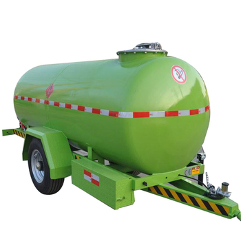 Mobile fuel tank with dispenser