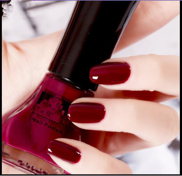 mat peinture couleur manucure vin rouge vernis ongles dans vernis ongles de health beauty. Black Bedroom Furniture Sets. Home Design Ideas